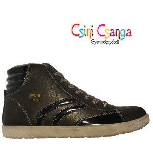 Fekete-lakk Primigi cipő