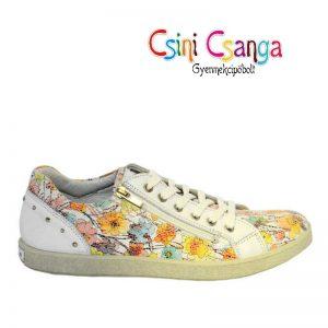 Primigi virágos cipő